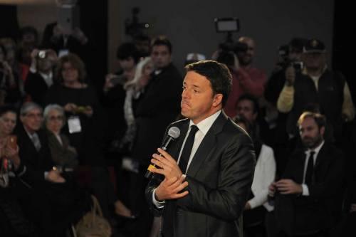 """Il web si scatena: """"Renzi porta sfortuna, cosa diceva sulla Clinton"""""""