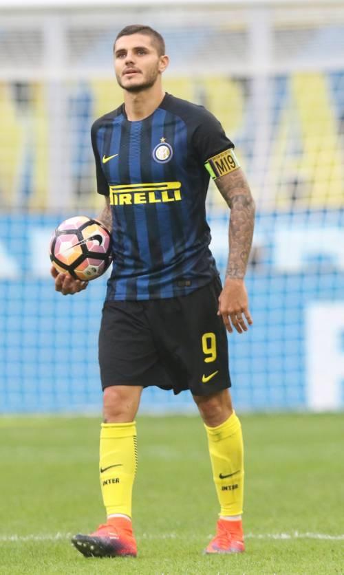 Icardi trascina l'Inter e dà respiro ai nerazzurri: col Crotone finisce 3-0