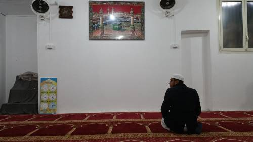 """""""Ridateci le moschee abusive o pregheremo Allah in Vaticano"""""""