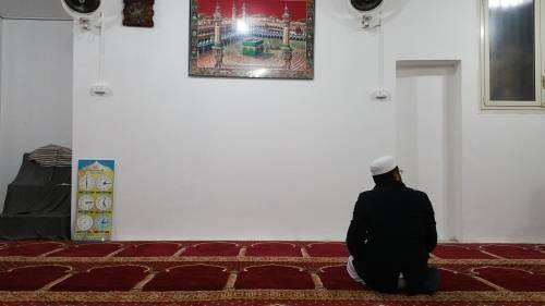Continua la protesta dei musulmani contro la chiusura delle moschee 11
