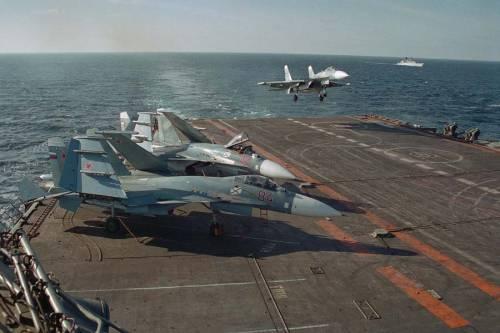 Siria, primo pattugliamento dei caccia decollati dalla portaerei Kuznetsov