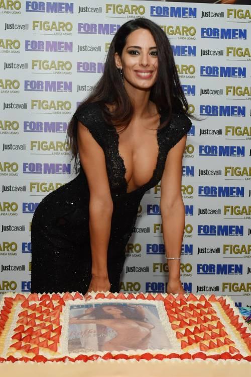 Raffaella Modugno sexy per For Men 8