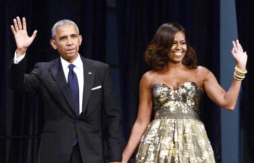 Obama salvato dal look suo e della moglie: dietro c'era davvero ben poco
