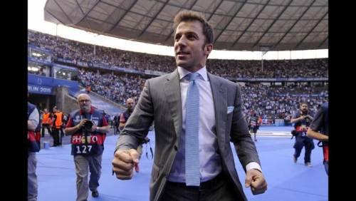 Del Piero compie 42 anni: la Juventus rende omaggio alla sua bandiera