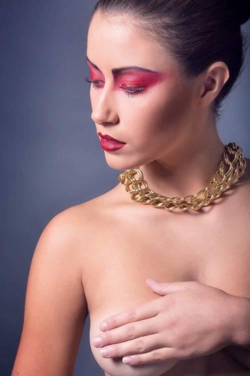 """Miss Francia, Margaux Legrand: """"Sono stata esclusa per delle foto in topless"""""""