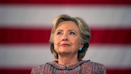 """Hillary Clinton: """"Ho perso per colpa del direttore dell'Fbi"""""""