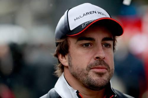 """Alonso si scaglia contro Vettel: """"La prossima volta lo butto fuori"""""""