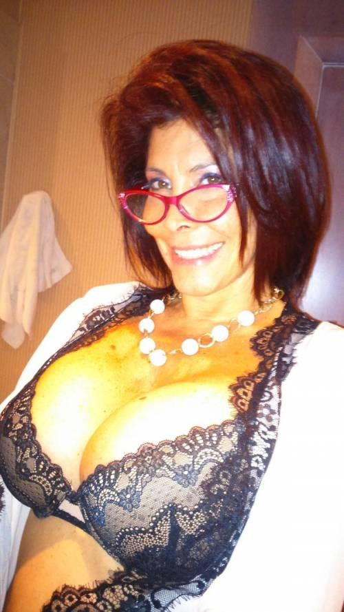 Milly D'Abbraccio hot su Twitter 7