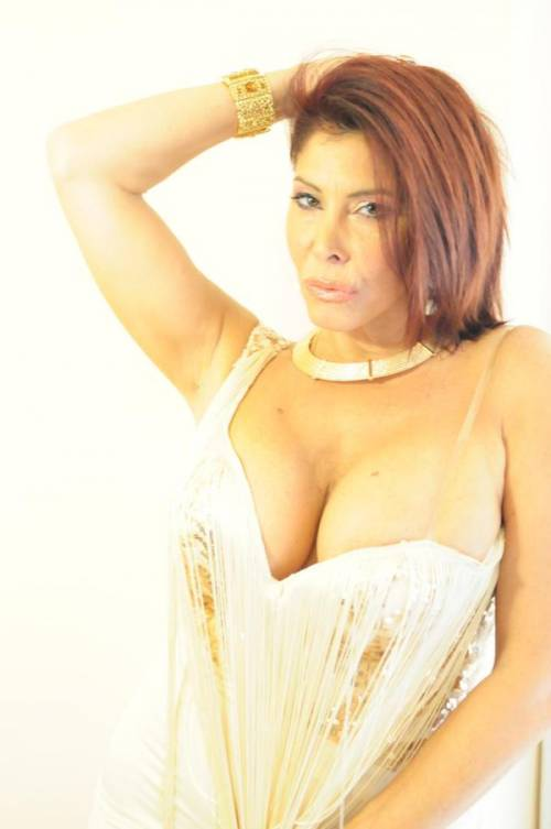 Milly D'Abbraccio hot su Twitter 8