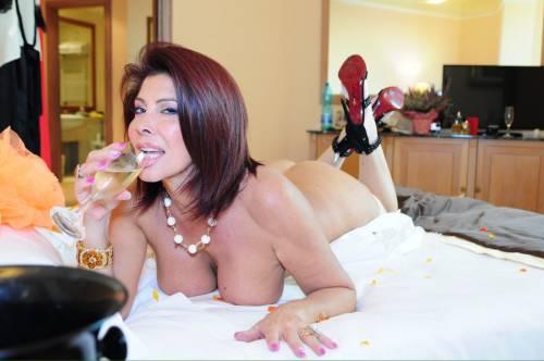 Milly d abbraccio porno foto, erica chevallier nude