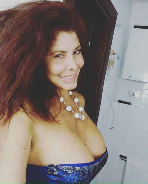 Milly D'Abbraccio hot su Twitter 25