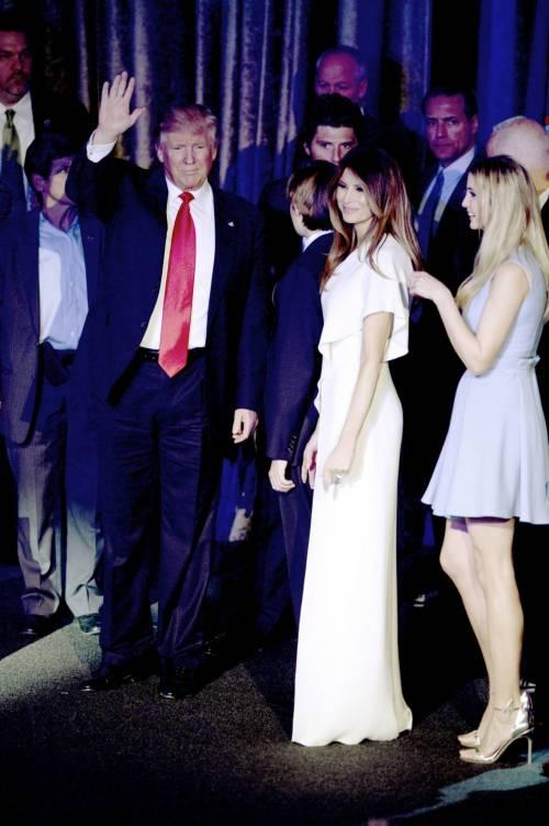 Milly D'Abbraccio e Donald Trump, immagini 4
