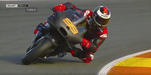 Lorenzo e Ducati, buona la prima