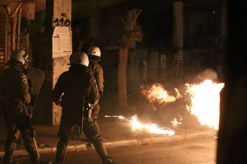 Scontri ad Atene per l'arrivo di Obama in Grecia 4