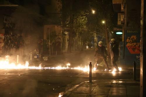 Scontri ad Atene per l'arrivo di Obama in Grecia 2