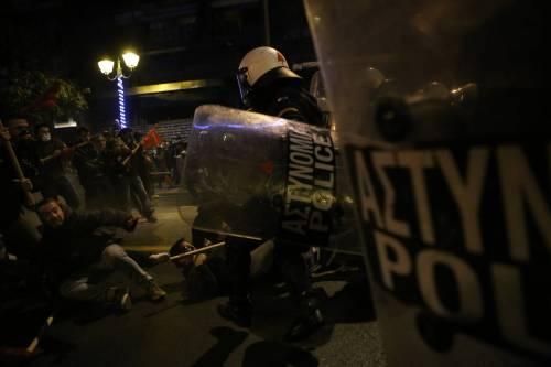 Scontri ad Atene per l'arrivo di Obama in Grecia 6