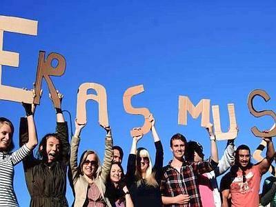 Le proteste degli studenti Erasmus di Bologna