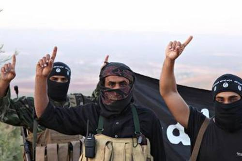 Isis, cellula web per convertire giovani italiani