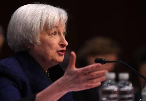"""La Fed a gamba tesa su Trump: """"Con lui economia a rischio"""""""