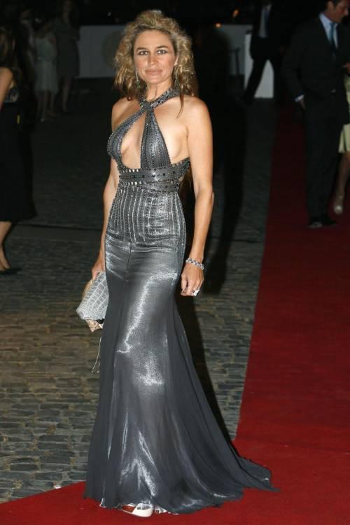 Lory Del Santo, sexy e avventurosa 20