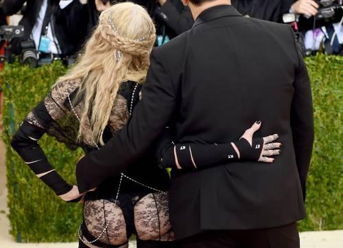 Madonna, i look più sexy 9