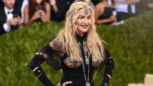 Madonna, i look più sexy 10