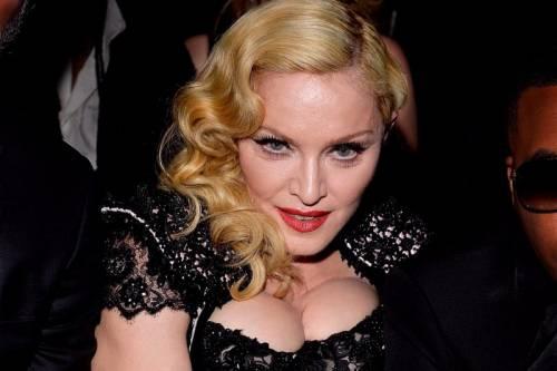 Madonna, i look più sexy 18
