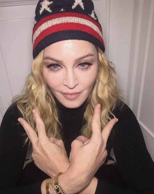 Madonna, i look più sexy 23