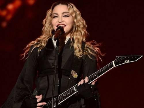 Madonna, i look più sexy 28