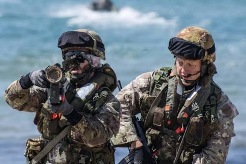 Italia, i tagli del governo sulla spesa militare