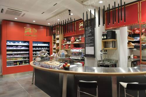 Salumi con piatti gourmet al Rovagnati Bistrò Italiano nuova tappa del gusto