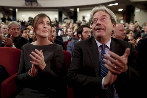 """Referendum, Gentiloni """"copre"""" Renzi: """"Il voto all'estero è a prova di brogli"""""""