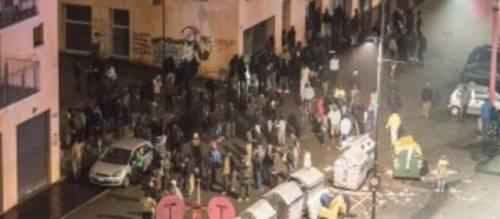 Torino in balia dei profughi: molotov e scontri in strada
