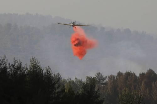 Israele devastata dagli incendi teme la natura dolosa dei roghi