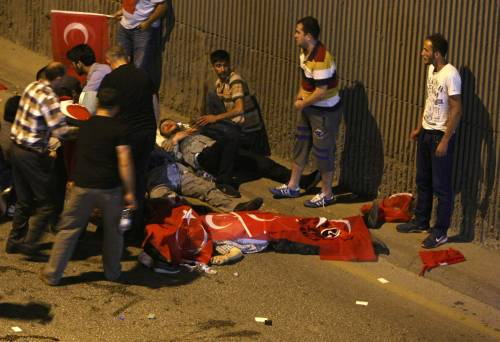 I militari turchi della Nato chiedono asilo da noi