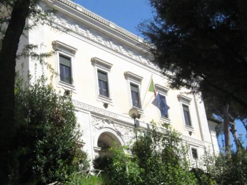 Renzi sogna la sede del Cnel per fare la sua Casa Bianca