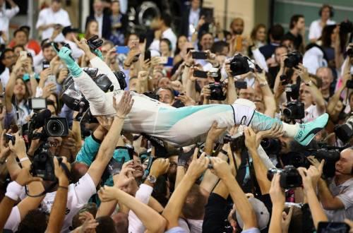 Rosberg campione del mondo: replica a distanza di 34 anni dal padre Keke