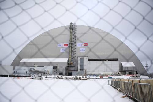 """Ecco il nuovo""""sarcofago"""" per Chernobyl: ci proteggerà per un secolo (si spera...)"""