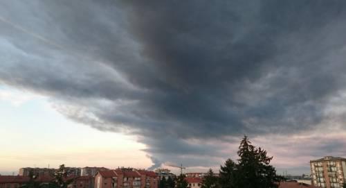 Pavia, esplosione alla raffineria dell'Eni 3
