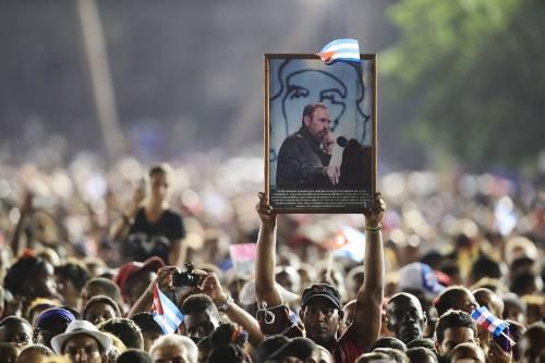 L'ultimo saluto a Fidel Castro a Santiago 4