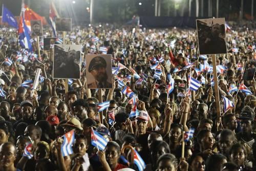 L'ultimo saluto a Fidel Castro a Santiago 3