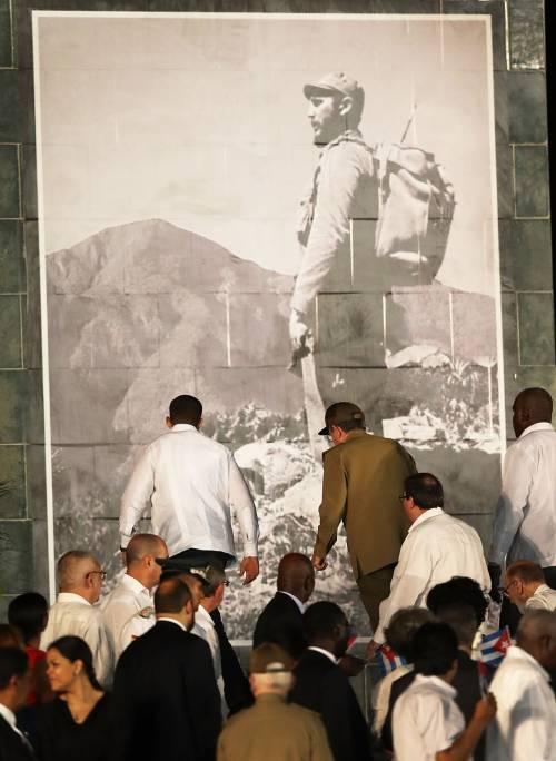 L'ultimo saluto a Fidel Castro a Santiago 7