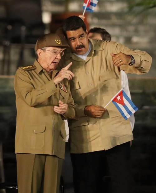 L'ultimo saluto a Fidel Castro a Santiago 9