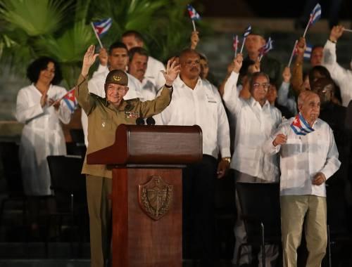 L'ultimo saluto a Fidel Castro a Santiago 2