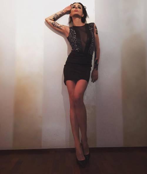 Nina Moric sexy in intimo su Facebook 29