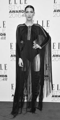 Bella Hadid, le foto più sexy 24
