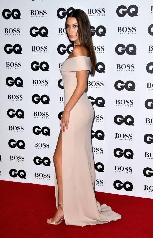 Bella Hadid, le foto più sexy 25
