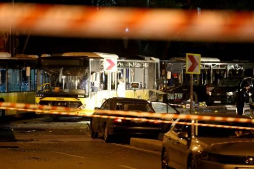 Due esplosioni a Istanbul 14