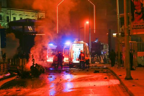 Due esplosioni a Istanbul 16