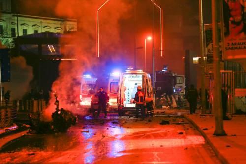 Due esplosioni a Istanbul 18